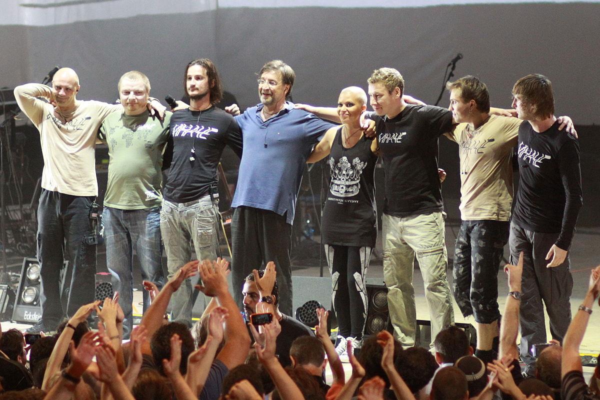 Группа ДДТ на концерте
