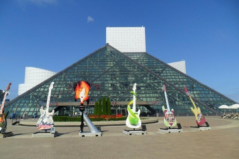 Лучший в мире зал рок-н-ролльной славы