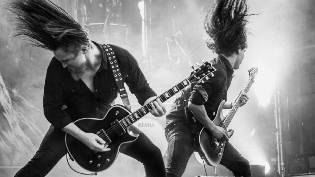 Чем отличается хард-рок от хэви-металла?